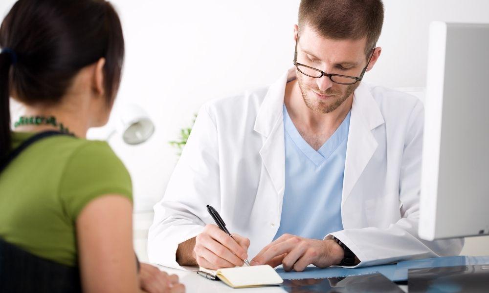 ¿Cómo preparar las visitas con el oncólogo durante el proceso de lucha contra el cáncer?