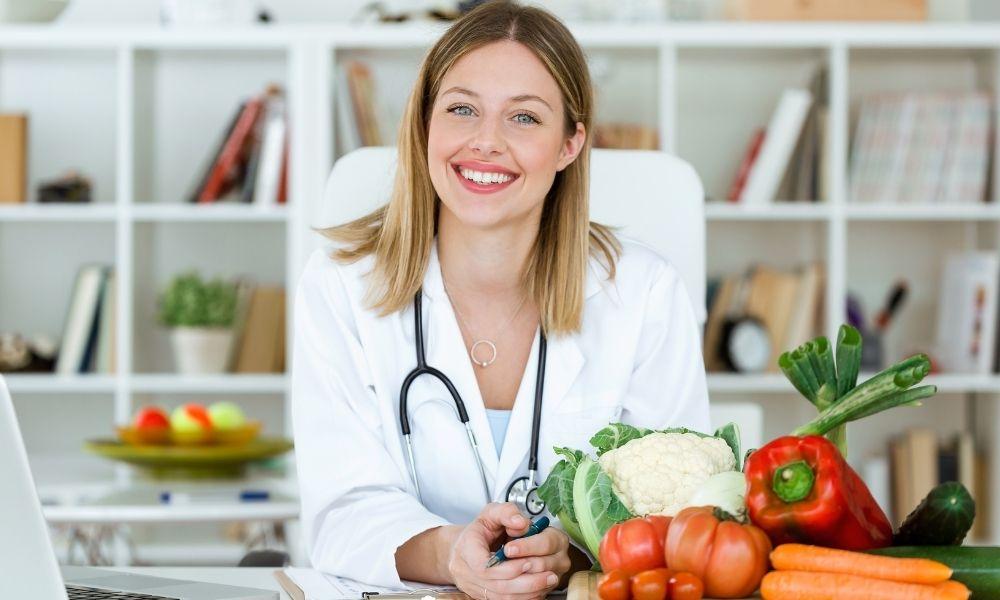 Cinco mitos y preguntas más frecuentes sobre alimentación en cáncer de mama y sus respuestas